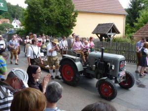 2014 - Kärwa Dietersdorf (RPS) -Festumzug - Traktor Eicher