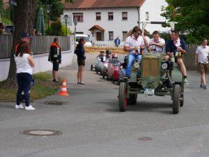 2017 - Kärwa Dietersdorf (RPS) - Seifenkisten-Rennen Abschleppen mit Traktor