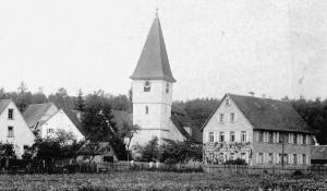 Georgskirche und St. Michaelskirche um 1920 - Foto: Privatbesitz Weißmann