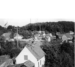 Dorfansicht um 1950, Blick Richtung Roter Berg - Foto: Privatbesitz Babette Lösel