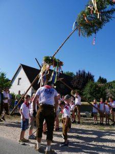 2018 - Kärwa Dietersdorf (RPS) - Aufstellen Kinderbaum