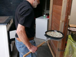 27.07.2019 Familienfest (RPS) - Flammkuchen aus dem Holzofen