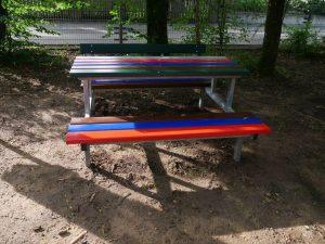 27.06.2021 - Spielplatz Dietersdorf (RPS) - Tisch und Bank Kombination