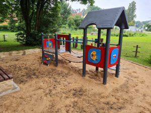 10.07.2021 - Spielplatz Dietersdorf (Barbara Fischer) - Kleinkindbereich nach der Überschwemmung